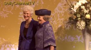 Beatrix vlak voor haar laatste openingsdaad als koningin.
