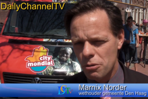Wethouder Marnix Norden van de gemeente Den Haag deed ook mee