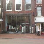 Live uitzending vanuit boekhandel Van Stockum op de Breestraat 113 in Leiden