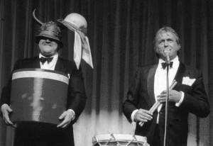 img128foto Toon theater met Maurice en trom